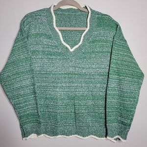 Retro Green & White Pullover with Scalloped Detail